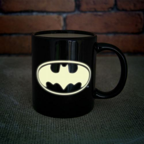 [팔라돈] 배트맨 야광 머그컵 (Batman Glow in the Dark Mug) PP2626DC [Paladone]